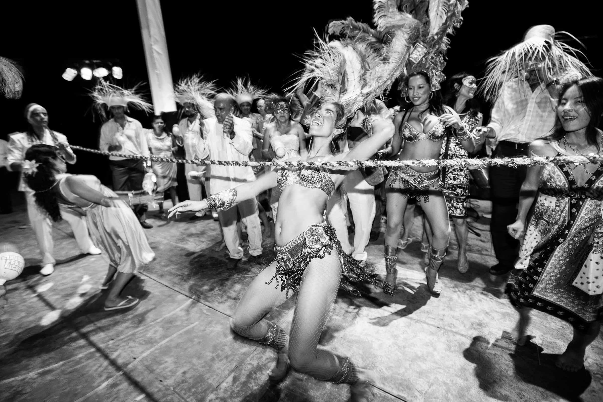 carnival dancers limbo