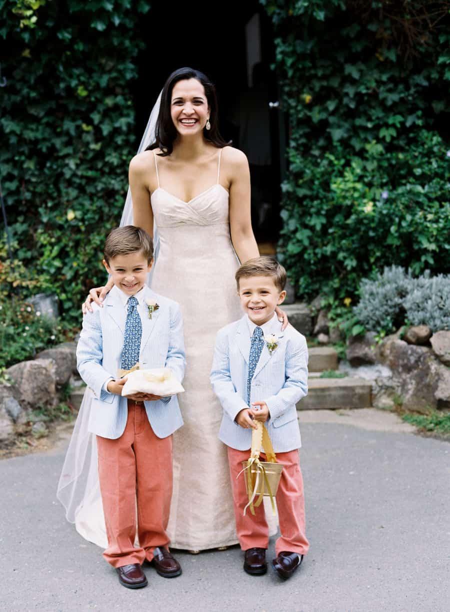 searsucker ring bearers with bride