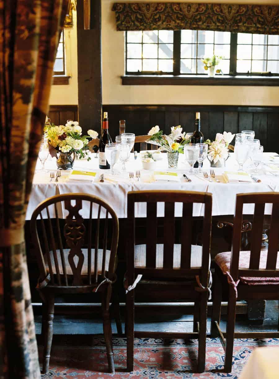 dinner table at pelican inn
