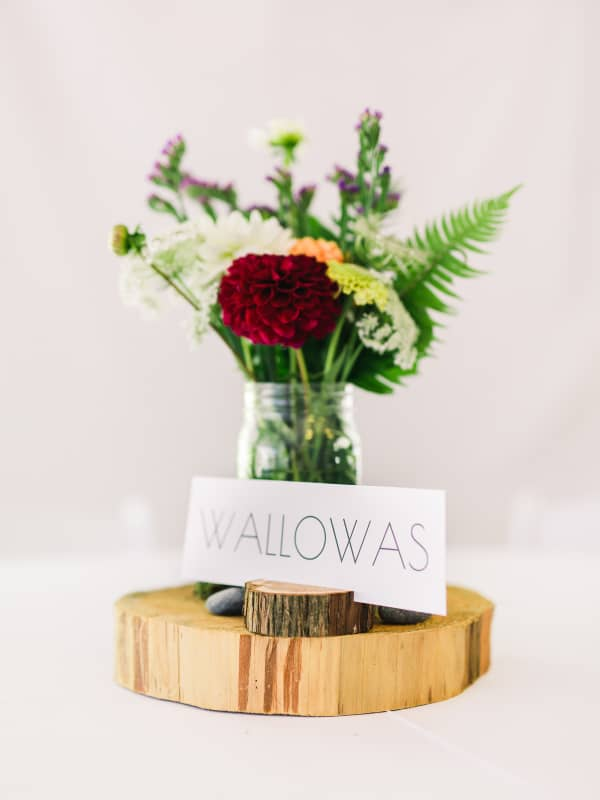 wood round and mason jar table centerpiece