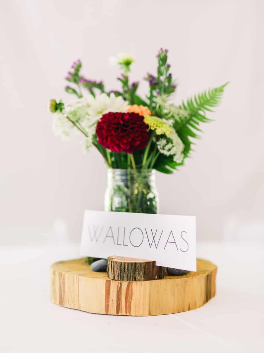 wood round and mason jar table centerpiece