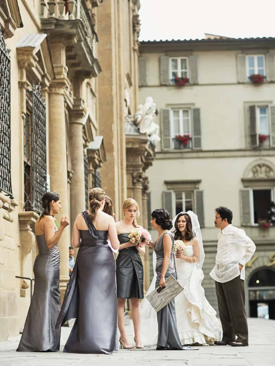 bride and bridesmaids outside Santa Trinita B