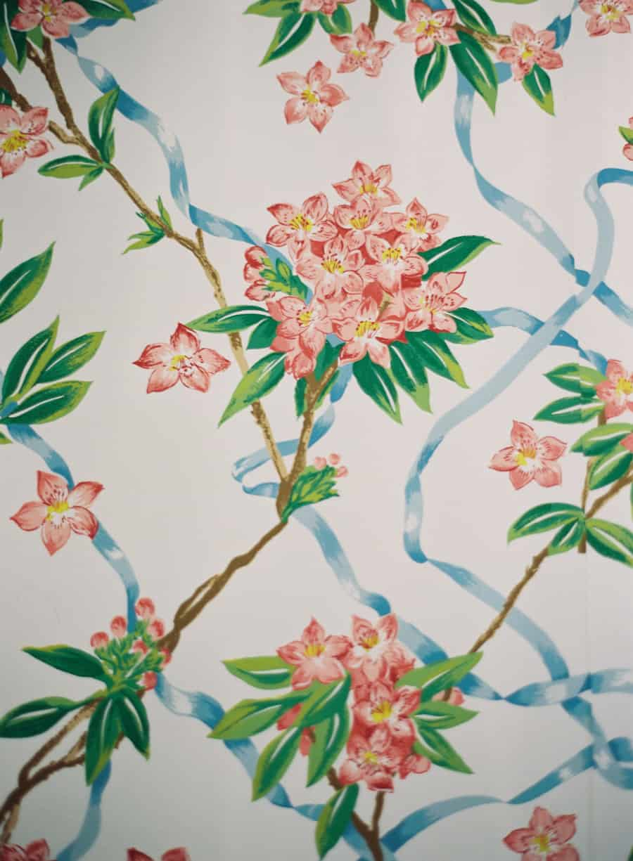 dorothy draper floral wallpaper at the Greenbrier resort