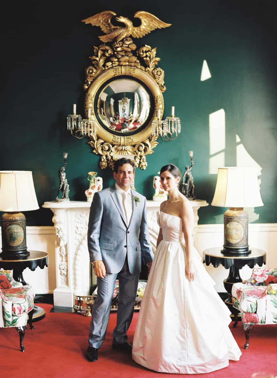 wedding photo  in Dorthy Draper room